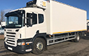 2011 - 11 plate, Scania P230, 18 ton GVW, 4x2, on air, single sleeper cab , 230bhp, 8 gears, tyres over 80%, 444,000kms, MOT Jan 2020, 2 owners, sun visor, air con, diff lock, 26ft chereau body, barn doors, 4 x T bar meat rails with storage rails, Reg Holmes double pillar meat hoist, Carrier Supra 850 diesel unit, 3 phase standby.